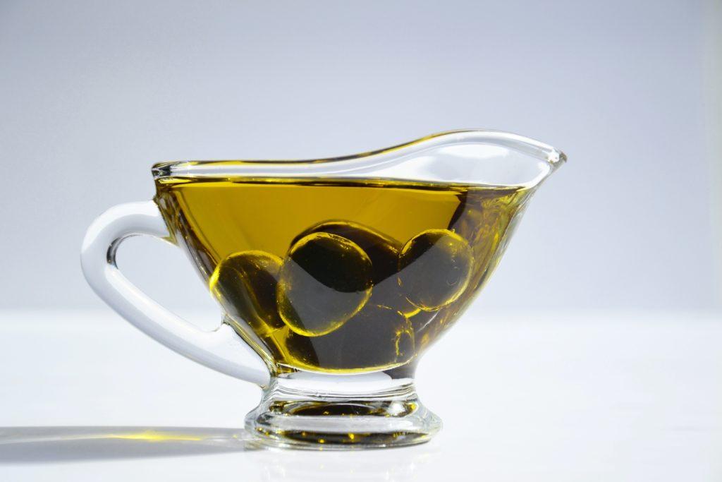 Aceite de oliva. ESTELA Belleza, dieta mediterránea